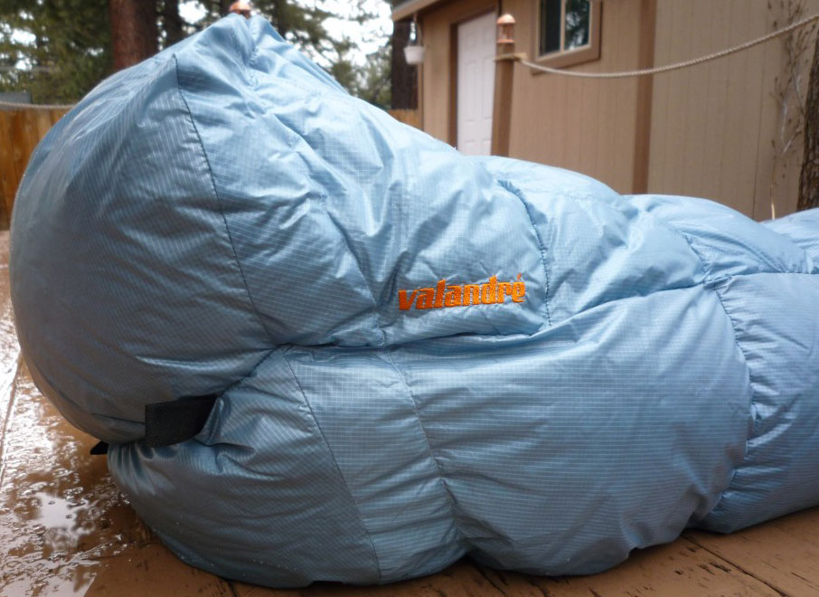 Valandre Shocking Blue down sleeping bag Footbox
