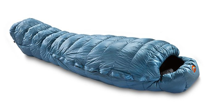 The Shocking Blue Is A High Quality Four Season Sleeping Bag Designed For Cold Weather Expeditions At Alude Due To Its Compatibility With